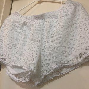 Pants - Laced shorts